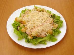Салат Цезарь простой рецепт
